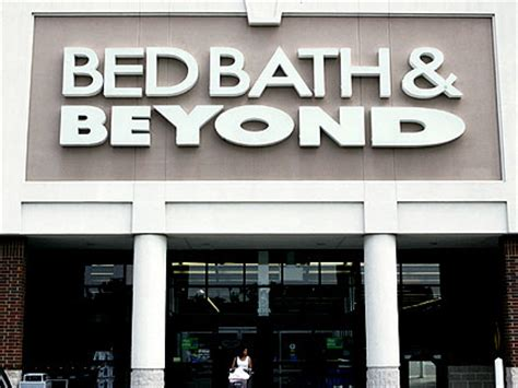 Bed Bath And Beyond Competitors by Bed Bath Beyond S Outlook Sends Stock Plunging Cbs News