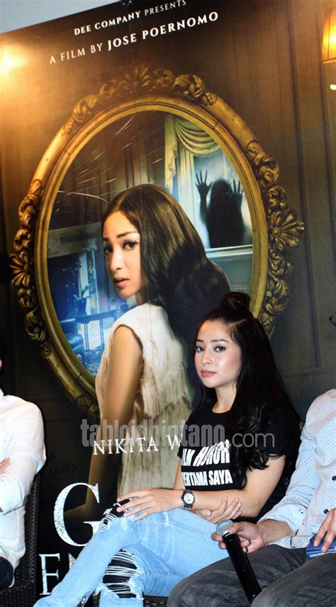 film hantu nikita willy bintangi film horor pertama kali nikita willy sumringah