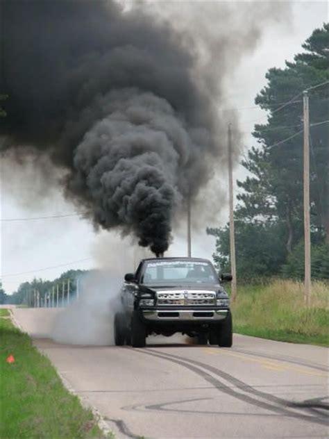 cummins truck rollin coal diesel trucks rollin coal google search duramax