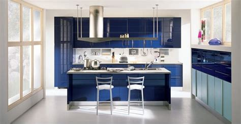15 high gloss kitchen designs in bold color choices home 15 high gloss kitchen designs in bold color choices home