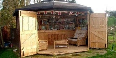Backyard Bar Reading Ohio by Here S Why Tiny Bar Sheds Are The New Trend