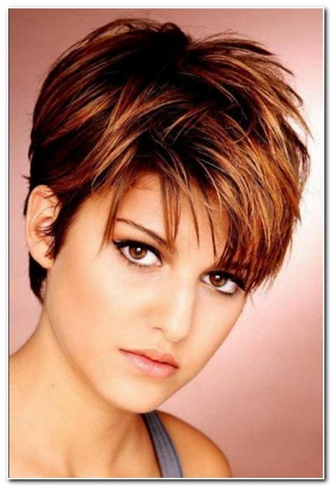 Haircuts For Plus Size Women With Round Faces | best haircut for plus size round face hairs picture gallery