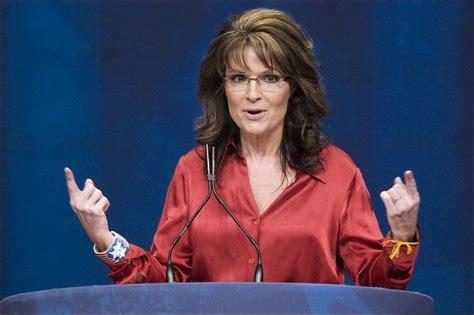 E News Hosts Wardrobe by Palin 229 Pner For Presidentkandidat Comeback Usas