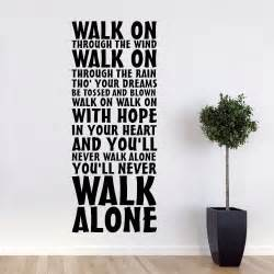 liverpool you ll never walk alone slagsang wallsticker giant crest wall sticker liverpool fc official store
