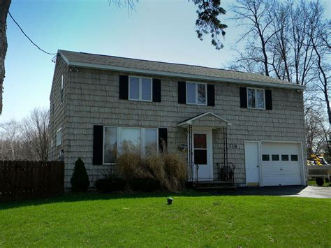 Garage Sale Finder Syracuse Ny Syracuse New York Home For Sale Central Ny Real Estate