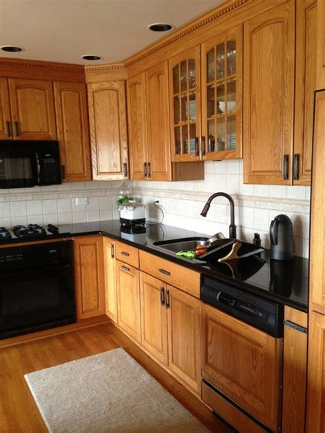 paint  golden oak cabinets