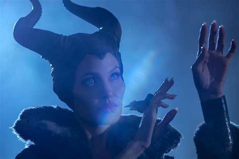 film gratis maleficent angelina jolie as maleficent in disney s sleeping beauty