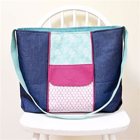 tote bag pattern with recessed zipper large zippered tote bag free pdf pattern vicky myers