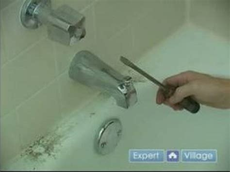 Fixing A Bathtub Faucet by How To Fix A Leaky Bathtub Faucet Removing The Spout