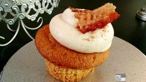 phantom gourmet cupcake city  reading cbs boston