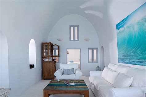 cave like traditional villa with impressive views in