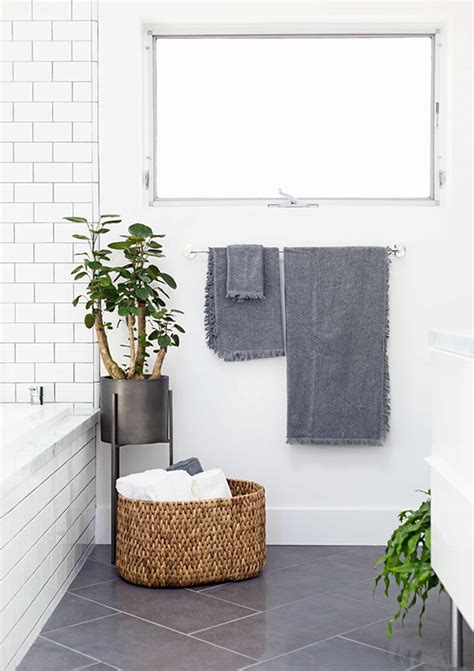 Crate And Barrel Bathroom 5 Tips For Updating Your Bathroom With The Crate And Barrel Gift Registry Crate And Barrel