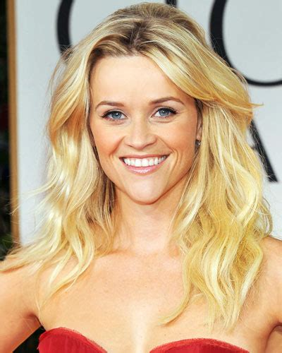 beachy texture photo reese witherspoons 10 best reese witherspoon s beachy waves the most tried on