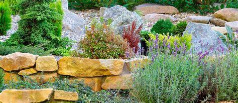 giardino roccioso come fare come fare giardino roccioso pietre per giardino giardino