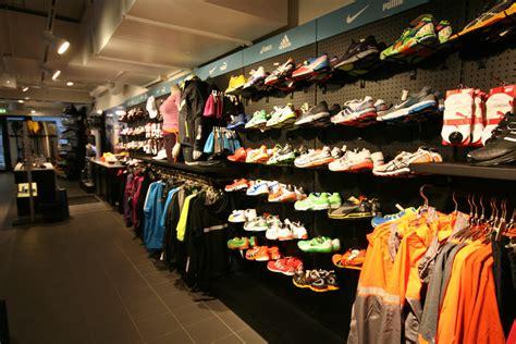 sports shoes shops expedit kajakk sport fritid expedit shop solutions