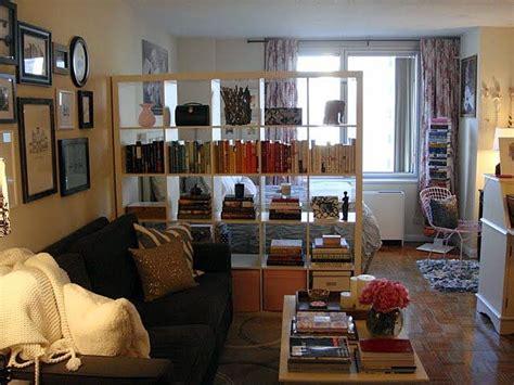 best 25 studio apartment partition best 25 studio apartment divider ideas on diy