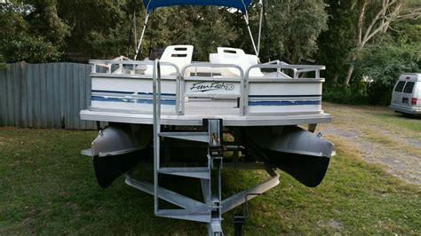 how to clean the sides of a pontoon boat how to clean aluminum how to clean aluminum on a pontoon boat