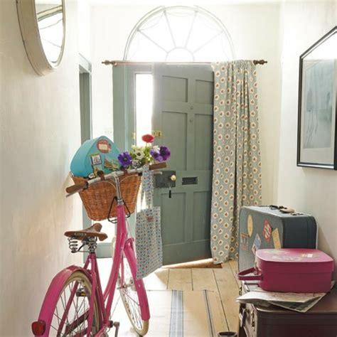 flur gestalten landhaus 25 wohnideen f 252 r flur modern und geschmackvoll