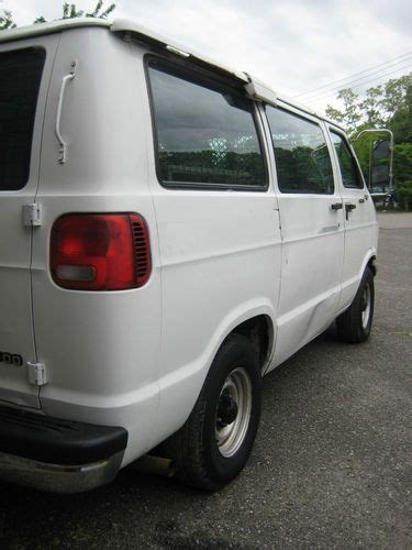 how does cars work 2002 dodge ram van 2500 interior lighting service manual how does cars work 2002 dodge ram van 2500 interior lighting buy used 2002