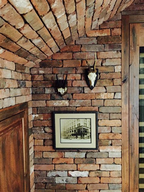 Brick Veneer Interior by 1000 Ideas About Brick Veneer Wall On Www