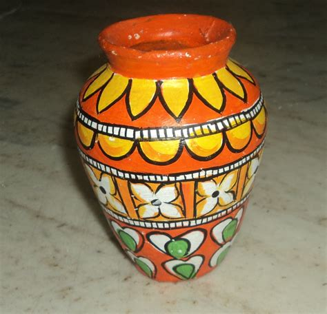Pot Decoration by Kerala Mural Style Pot Painting
