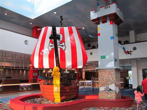legoland pirate room review legoland malaysia hotel premium adventure themed room