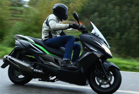 How Much Is A Kawasaki 300 by Kawasaki J300 2014 On Review Mcn