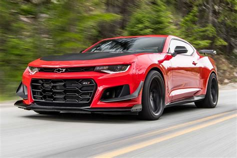 chevy camaro 2018 chevrolet camaro zl1 1le first test review motor trend