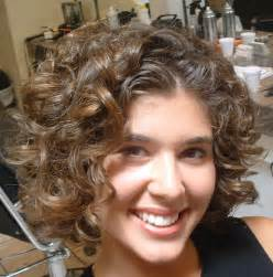 curls hair styles 11 afro curly hairstyles
