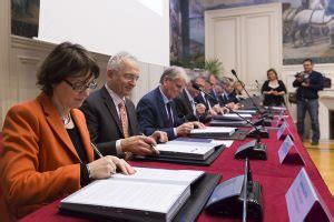Calendrier Universitaire Diderot 2016 Signature Du Protocole De Partenariat Pour L Installation