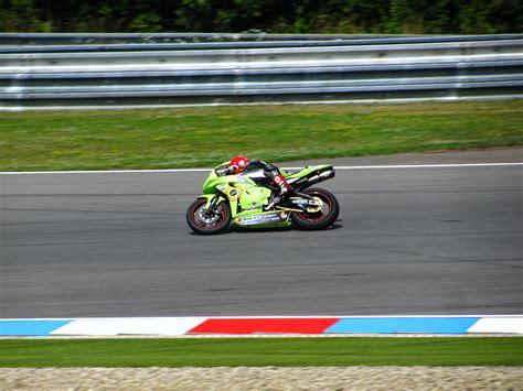 Motorradrennen Geschwindigkeit by Kostenlose Foto Spur Auto Rad Fahrzeug