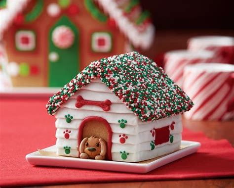 gingerbread house lights decorations 1000 ideas about gingerbread decorations on