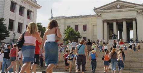 cuba educational activities cuba study travel exposes us students to sports training