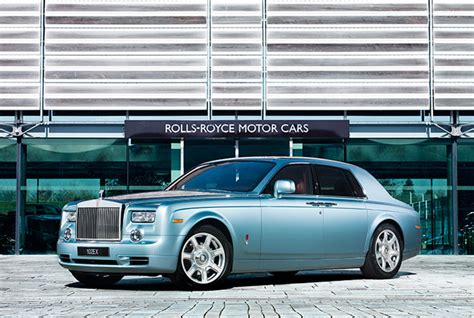 books about how cars work 2011 rolls royce phantom user handbook we drive the electric rolls royce it s amazing wired