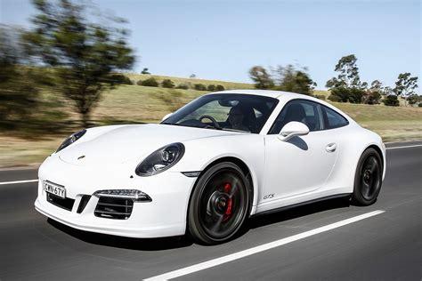 Porsche Gts 3 by Porsche 911 Gts Review Motor