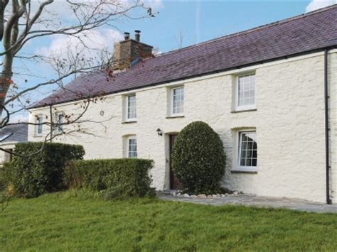 country cottages in mid wales with cycle