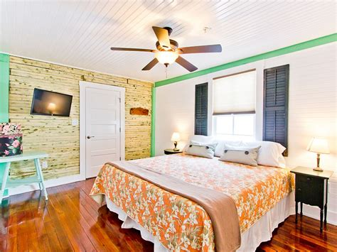 vrbo tybee island 1 bedroom fully furnished apartment in historic tybee vrbo