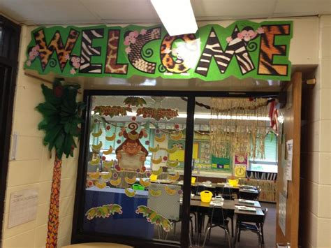 jungle theme classroom decorations 45 best images about jungle themed classroom on