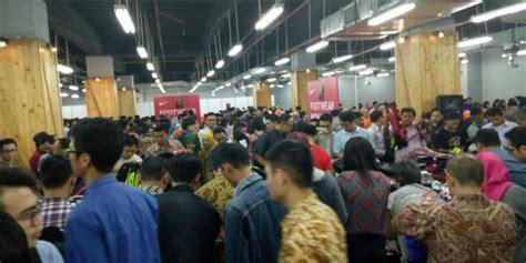 Nike Di Indonesia heboh antrean diskon sepatu nike di grand indonesia co id