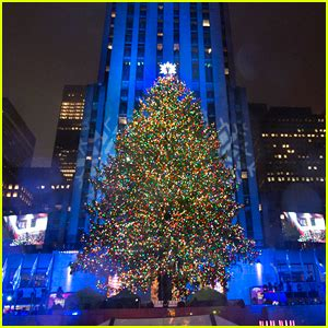 performers for the christmas tree rockefeller in rockefeller center 2017 performers lineup list in rockefeller