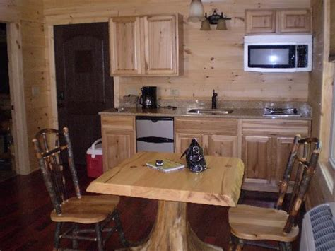 amish country kitchen how cool is this picture of amish country lodging