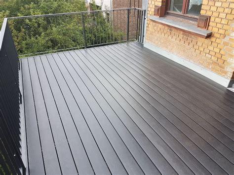 Wpc Fliesen Balkon by Balkon Terrasse Aus Wpc Baumpflege Rinke Kura