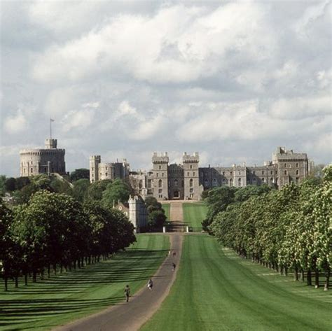 windsor castles  hall closed  queen victoria