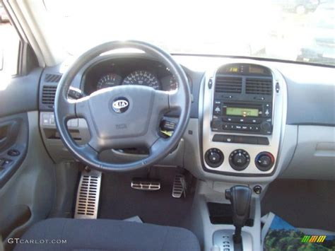 Dashboard Kia Spectra 2006 Kia Spectra Sx Sedan Gray Dashboard Photo 39214472