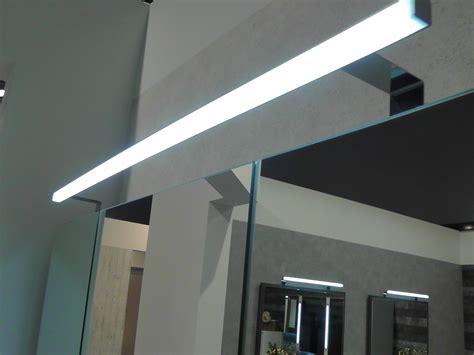 aufbauleuchte led puris fresh led aufbauleuchte 80 cm badm 246 bel arcom center