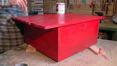 verniciare tavolo legno verniciare un tavolo di legno
