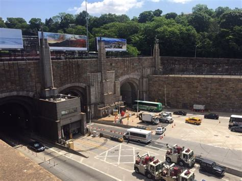 how is the lincoln tunnel a look at the history of new york city s tunnels and