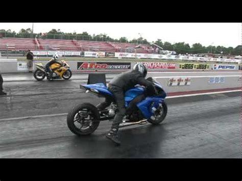 Suzuki Zx10r Kawasaki Zx10r Vs Suzuki Gsxr 1000