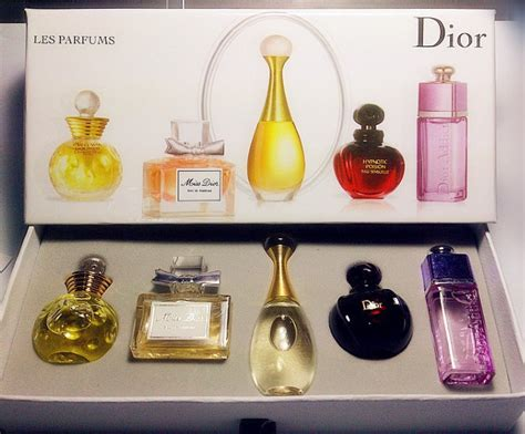 dior 5 in 1 miniature perfume set promo sale