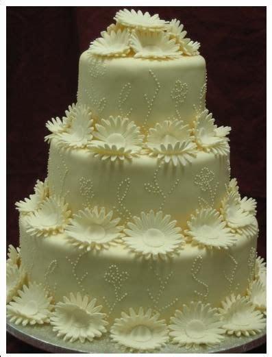 Wilton Wedding Cakes by Wilton Wedding Cakes Decorated Cakes